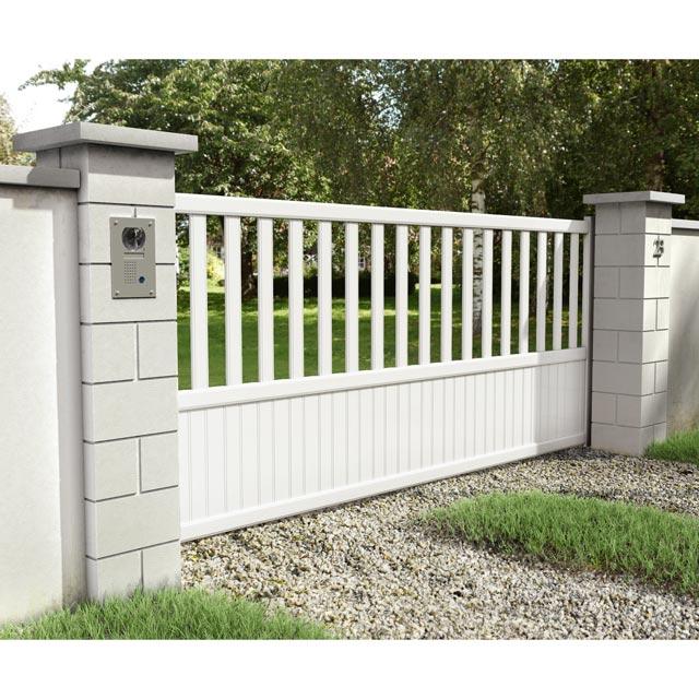 portail blanc coulissant